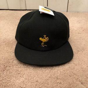 9a00612a04f Vans Accessories - 🆕 Vans x Peanuts Woodstock SnapBack Hat